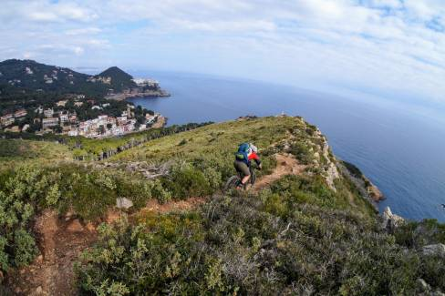"BEEF 'n REEF Catalunya – MTB-TrailCamp Winter-""TIMEOUT""  in Nordspanien"